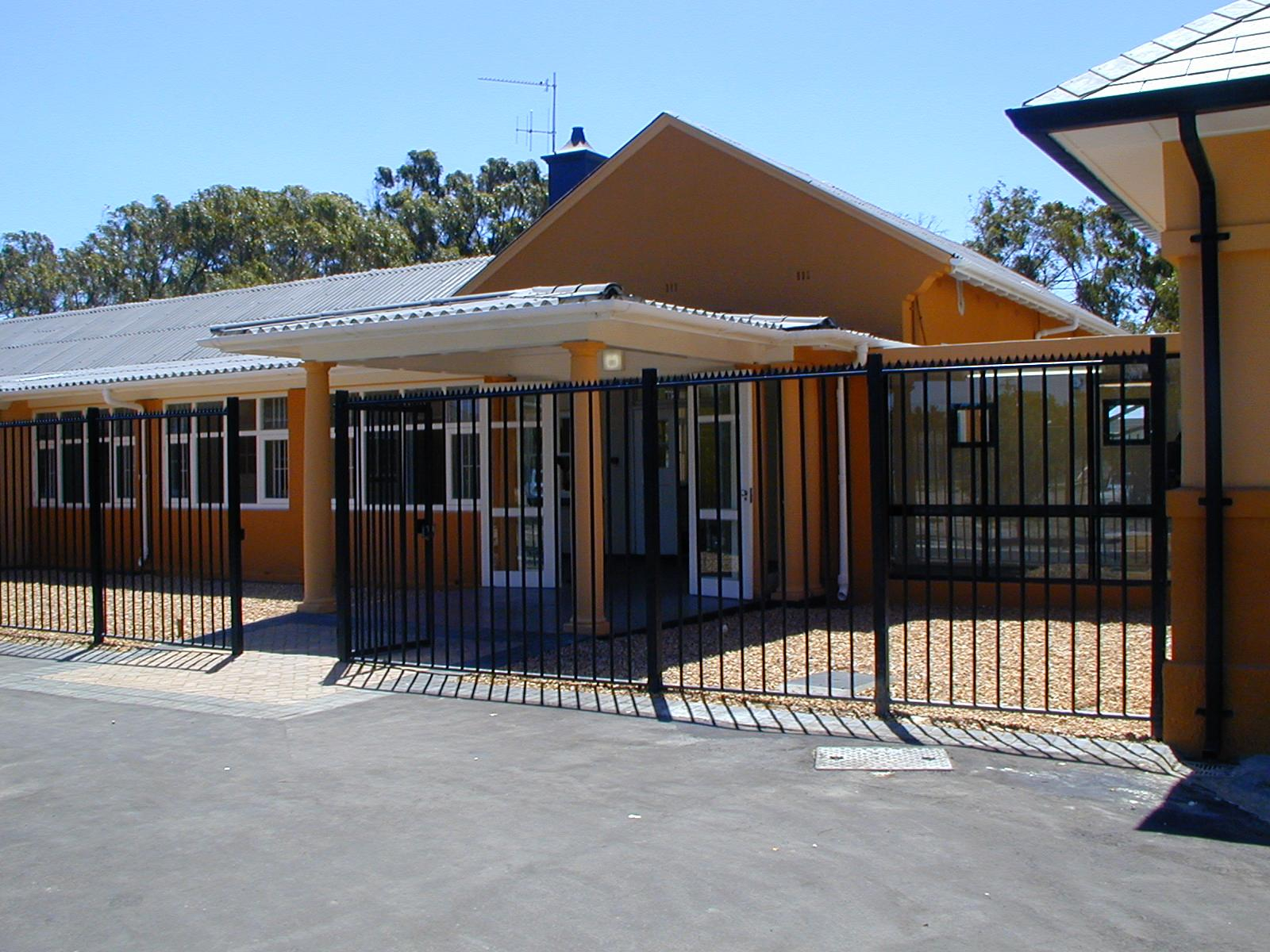 Amanda Katz Architects - Service Point Office